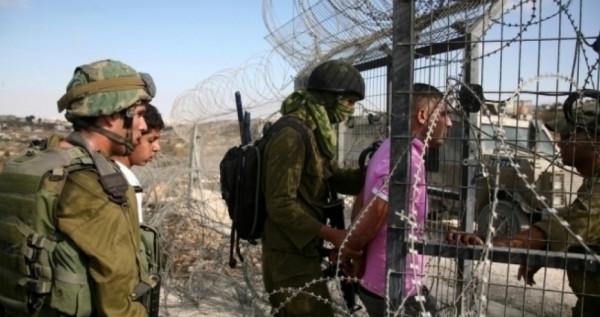 الاحتلال يعتقل فلسطينيين اثنين على حدود غزة