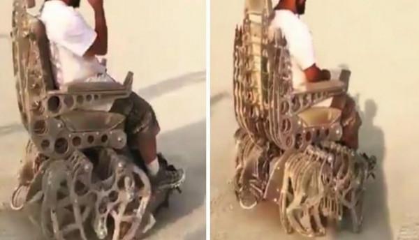 شاهد: أغرب كرسي متحرك في العالم يسير على رمال البحر