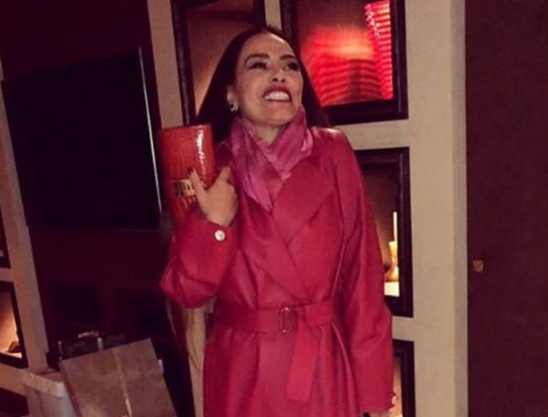 شيريهان تبهر متابعيها بإطلالة جديدة
