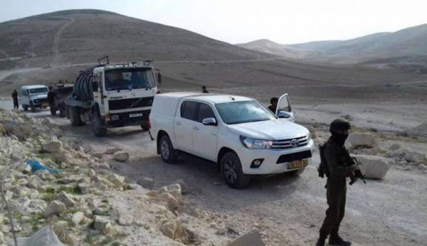 الاحتلال يعتقل مواطناً ويستولي على مركبة في بيتونيا