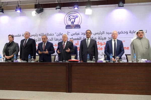 الرئيس عباس: ذاهبون للانتخابات بعد أن وافقت عليها جميع التنظيمات