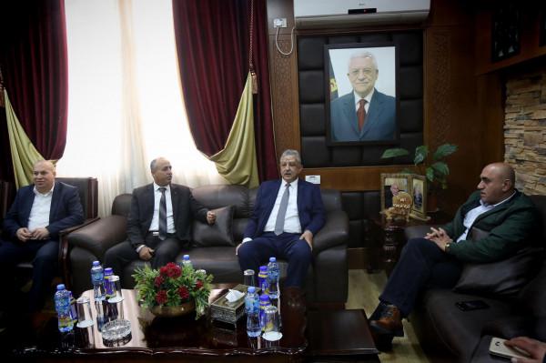 عصام أبو بكر يزور محافظة جنين ويلتقي المحافظ الرجوب