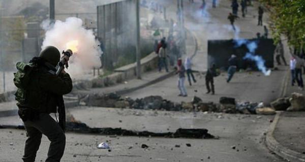 خمسة جرحى برصاص الاحتلال والعشرات بالاختناق في طولكرم