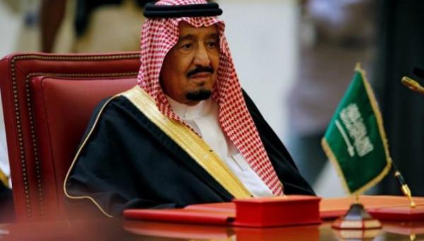 شاهد: كيف استقبل الملك سلمان رئيس الوزراء القطري بالرياض؟