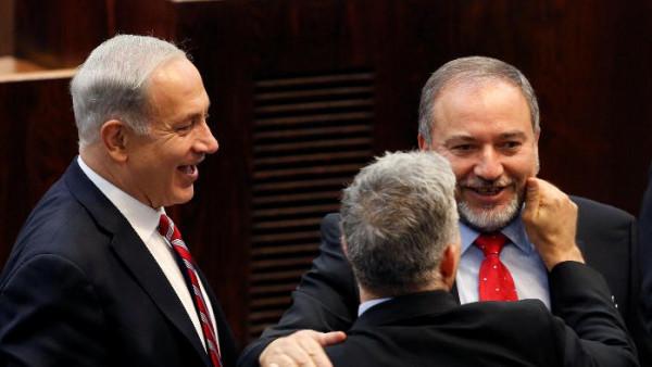 أفيغدور ليبرمان: لن أنضم إلى حكومة ضيقة
