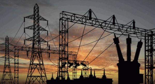 """""""كهرباء غزة"""": تم إصلاح خط جباليا شمال القطاع"""
