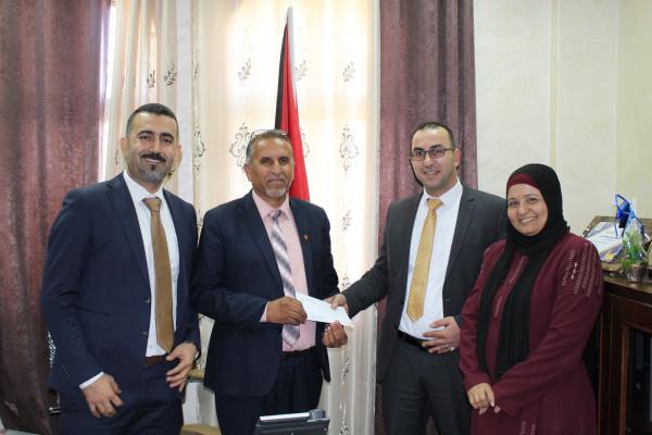الإسلامي الفلسطيني يدعم مدرسة بنات مسقط في أريحا