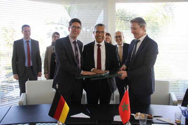 المكتب الوطني للكهرباء بالمغرب والماء الصالح للشرب يتعاونان مع البنك الألماني KFW