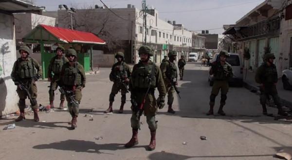 قوات الاحتلال تستولي على مركبة خاصة لمواطن جنوب بيت لحم