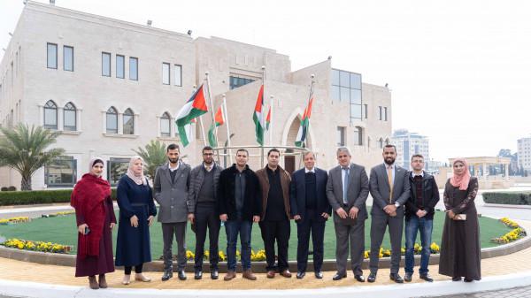 إنجاز فلسطين تكرم البنك الإسلامي الفلسطيني