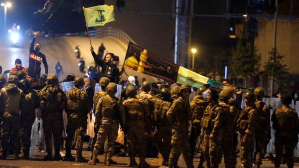 """الهدوء يعود لبيروت بعد مواجهات بين الأمن و""""حزب الله"""" وحركة """"أمل"""""""