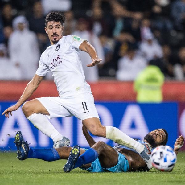 شاهد: بعد هدف عالمي.. نجم المنتخب الجزائري يدخل تاريخ كأس العالم للأندية