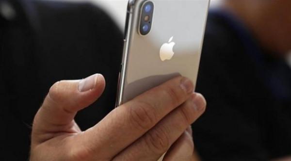 ألماني يقتنص من شركة للهاتف المحمول 225 ألف يورو