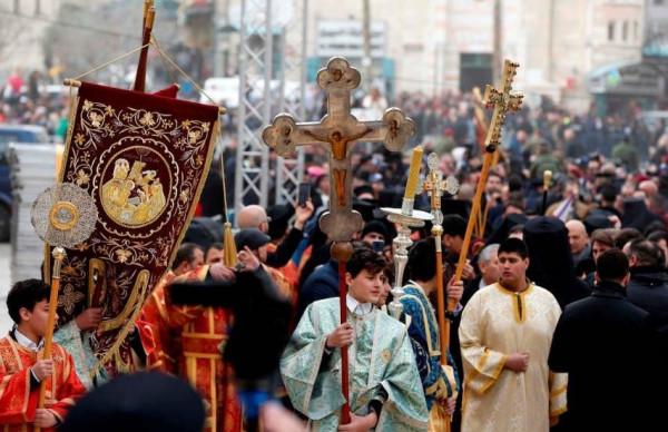الاحتلال يمنع مسيحيي غزة من المشاركة بأعياد الميلاد بالضفة والقدس