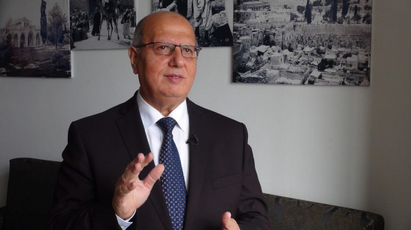 الخضري يُطالب بإسناد قرار التصويت لتمديد عمل (أونروا) بشبكة أمان مالية