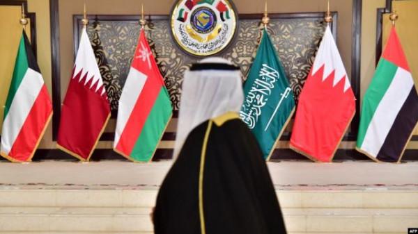 """قطر تُعلن مفاجأة جديدة بشأن حل """"أزمة المقاطعة"""" مع الدول الأربع"""