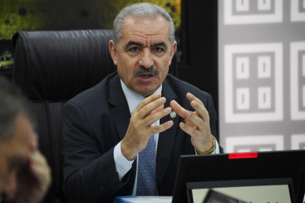 رئيس الوزراء: لم يتم اعتقال أي مواطن على خلفية الانتماء السياسي أو الرأي