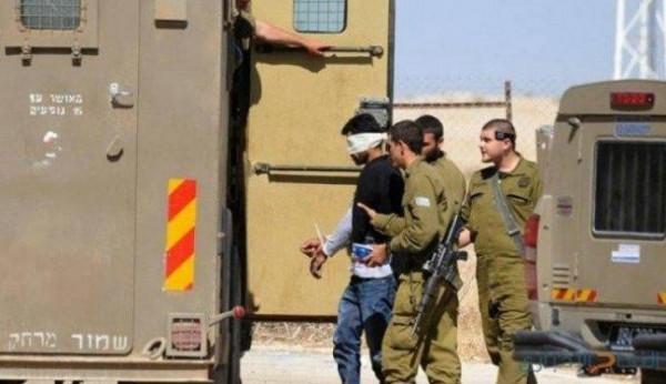 الاحتلال يعتقل شابا من جنين بالقرب من حاجز الجلمة