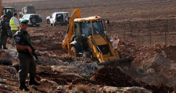 الاحتلال يستولي على جرافة في طوباس