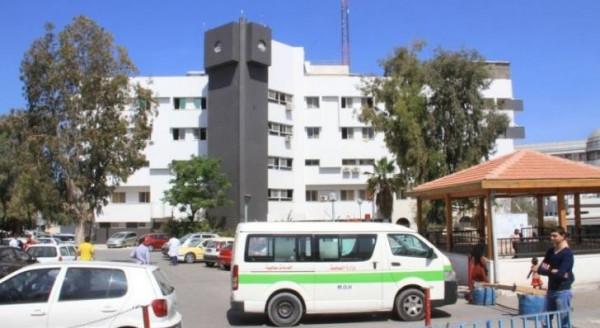 غزة.. طاقم طبي ينقذ حياة شاب أربعيني بعد إصابته بجلطة دماغية