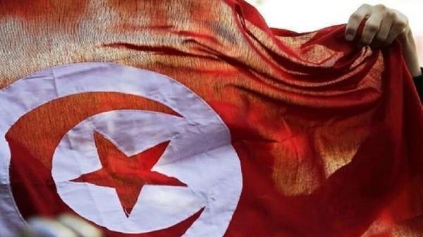 وزير تونسي يستقيل من منصبه لينتقل للعمل بكندا