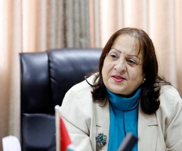 النقابات الصحية تُمهلُ وزيرة الصحة شهراً لتحقيق مطالبها
