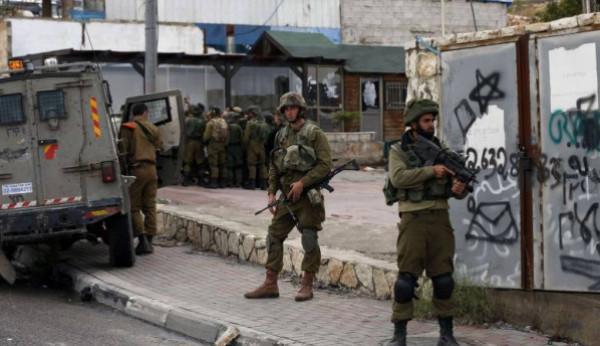 قوات الاحتلال تقتحم قرية دير نظام غرب رام الله