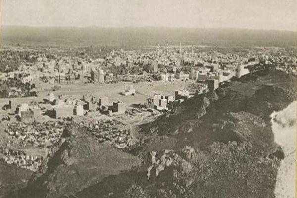 صورة قديمة.. كيف كانت المدينة المنورة قبل أكثر من 100 عام
