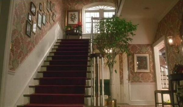 """كيف يبدو منزل فيلم """"هوم ألون"""" بعد 30 عاماً؟"""