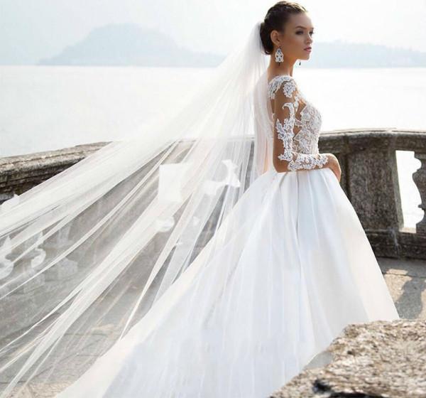 نصائح عند اختيار فستان الزفاف بالذيل الطويل
