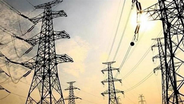 """""""كهرباء القدس"""" تحصل على قرض لإنهاء أزمة الطاقة بالضفة الغربية"""