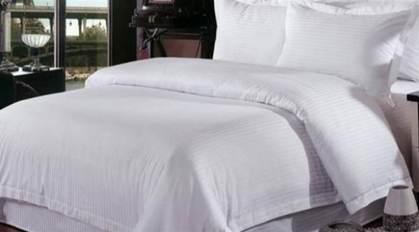 سبع عادات يومية تتلف أغطية السرير