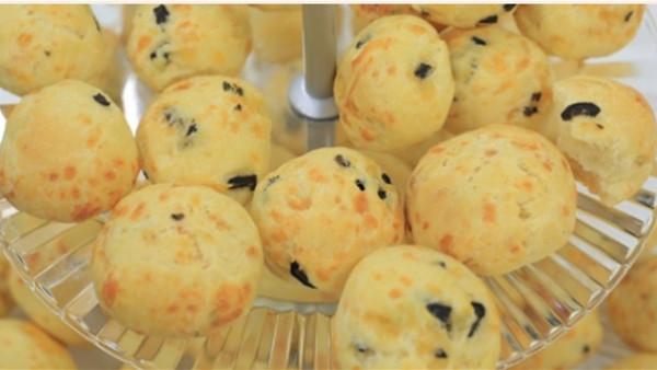 مخبوزات الجبنة والزيتون 9999018142