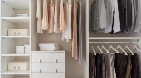 خطوات بسيطة لتنظيم خزانة الملابس في العام الجديد