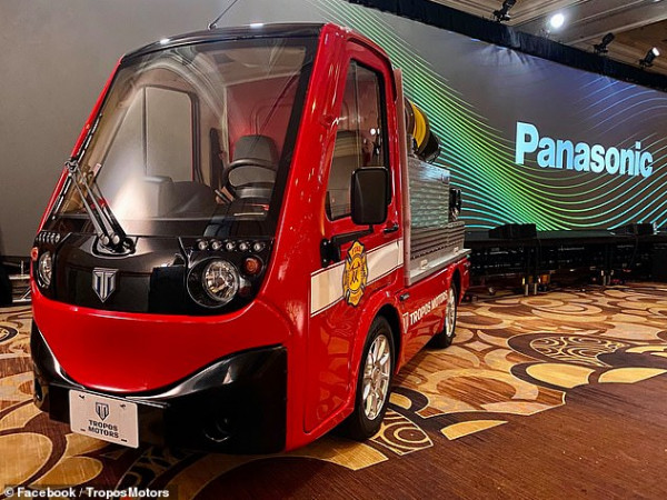 سيارة إطفاء مصغرة تعمل بالبطارية  9999019313