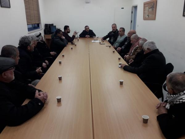 شخصيات ومؤسسات وفعاليات سلوان تجتمع مع ممثلي شركة كهرباء القدس
