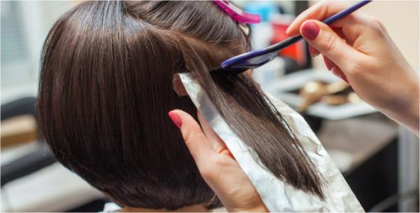 ما المدة الواجب تركها بين عمليات صبغ الشعر؟