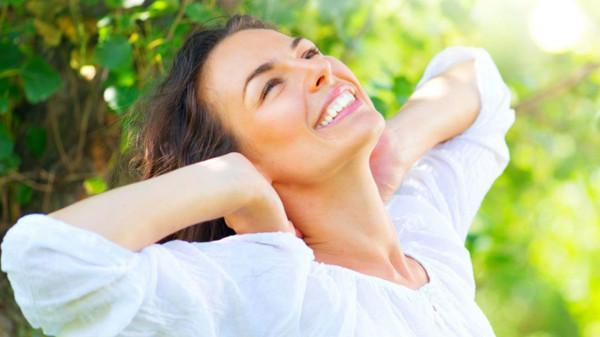 15 نصيحة للحفاظ على شباب المرأة بعد سن الثلاثين