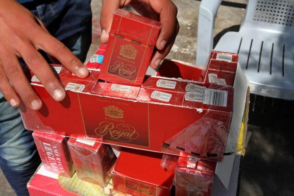 أربعة ملايين علبة سجائر يستهلكها قطاع غزة شهرياً بتكلفة 20 مليون دولار
