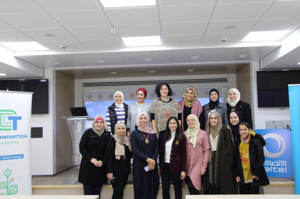 جامعة النجاح تشارك في إطلاق مسابقة التكنولوجيا والريادة للفتيات