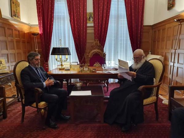 السفير طوباسي يلتقي رئيس اساقفة  أثينا وعموم اليونان