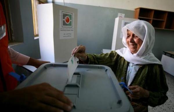 محيسن: الرئيس عباس لن يُصدر مرسوماً رئاسياً بشأن الانتخابات دون القدس