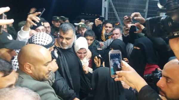 صور: الاحتلال يُفرج عن الأسير علاء أبو جزر من رفح