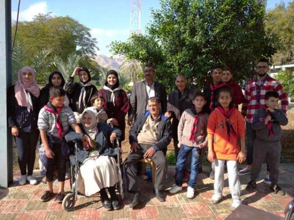 مخيم العودة الكشفي الثاني يزور بيت الأجداد