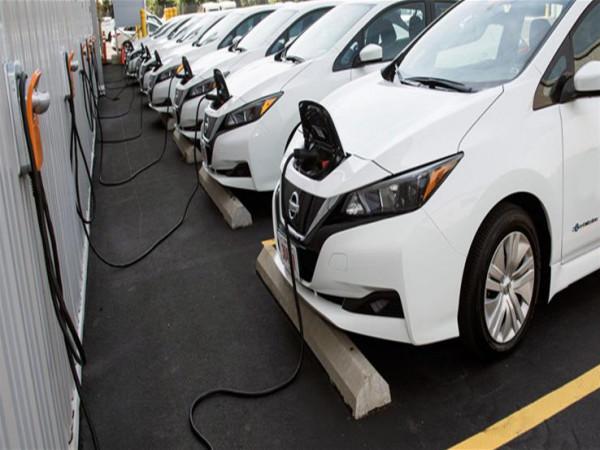 ما العدو الأول للسيارات الكهربائية في فصل الشتاء؟