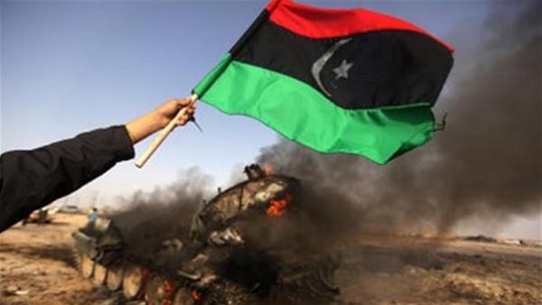 رئيس الوزراء الإيطالي يصل الجزائر لبحث الأزمة الليبية