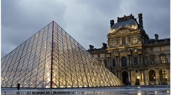 فرنسا: حركة الإضراب والاحتجاج تغلق متحف اللوفر في باريس