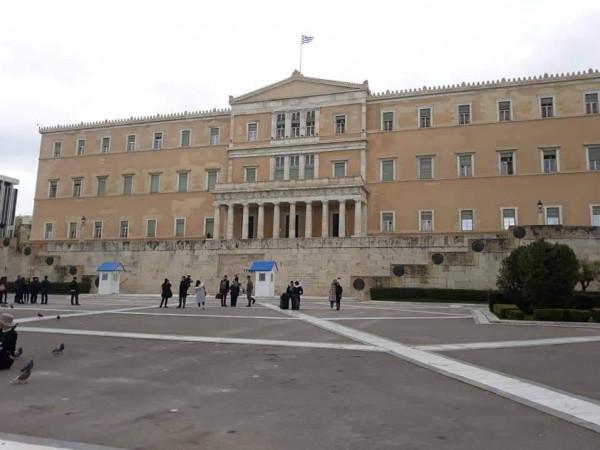 طوباسي: رئيس الوزراء اليوناني سيرشح كاترينا ساكيلاروبولو قاضية المحكمة العليا