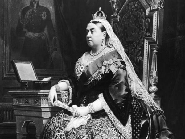 أسرار عن العائلة الملكية البريطانية بعد أزمة هاري وميجان
