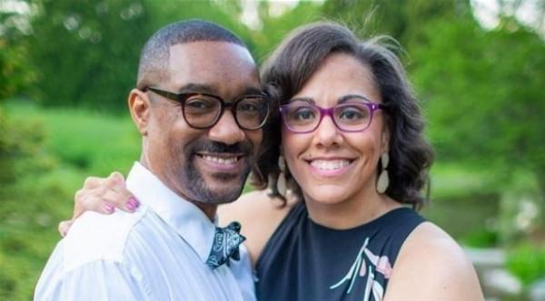 تخالف توقعات الأطباء لتسير في حفل زفافها